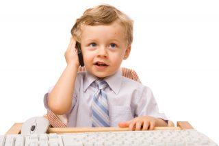 kid-and-phone