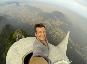 Lee Thompson, Christ the Redeemer, Brazil, Rio, Viral Marketing